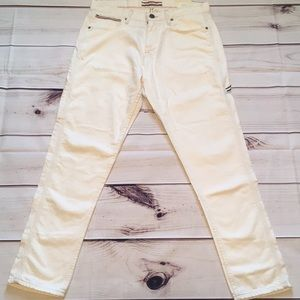 New Tommy Hilfiger jeans size 31 x 30 white